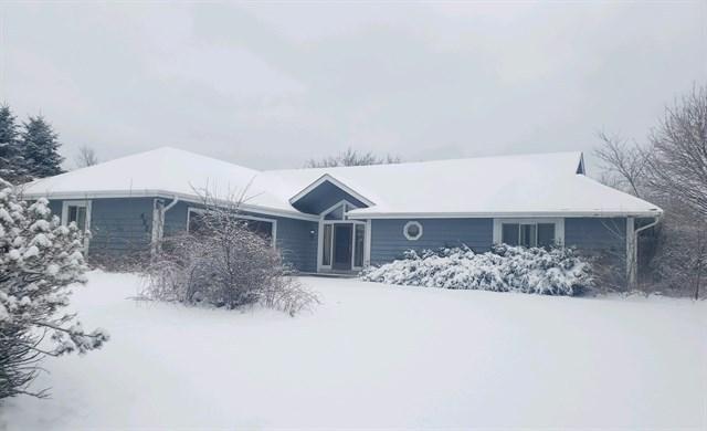 422 Belvedere W, Richfield, Wisconsin 53017, 3 Bedrooms Bedrooms, 6 Rooms Rooms,2 BathroomsBathrooms,Single-Family,For Sale,Belvedere W,1677025