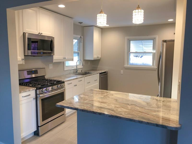 7720 W Grantosa Dr Milwaukee, WI 53218 Property Image