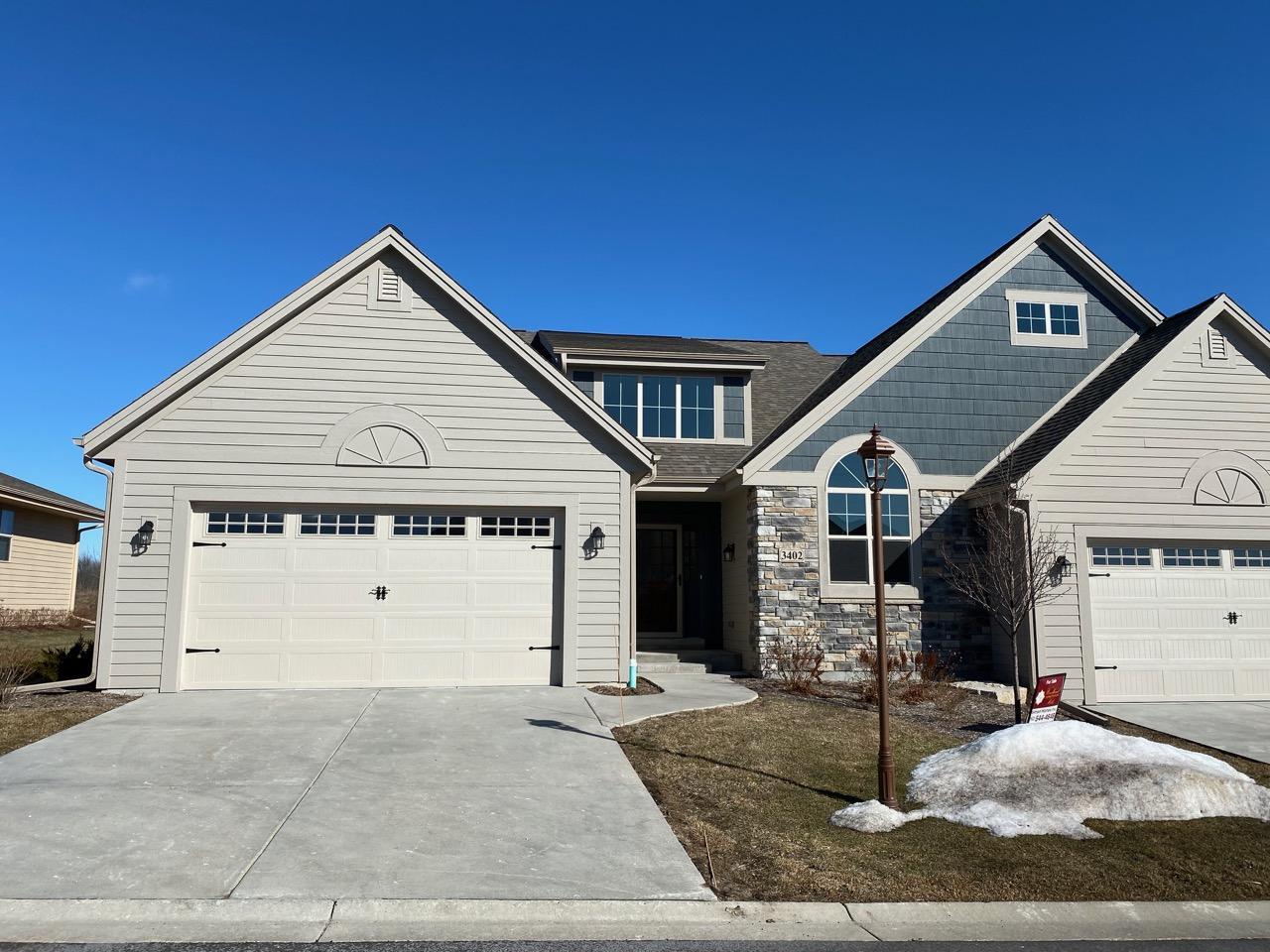3402 Walnut Trl, Waukesha, Wisconsin 53189, 2 Bedrooms Bedrooms, ,2 BathroomsBathrooms,Condominiums,For Sale,Walnut Trl,1,1679684