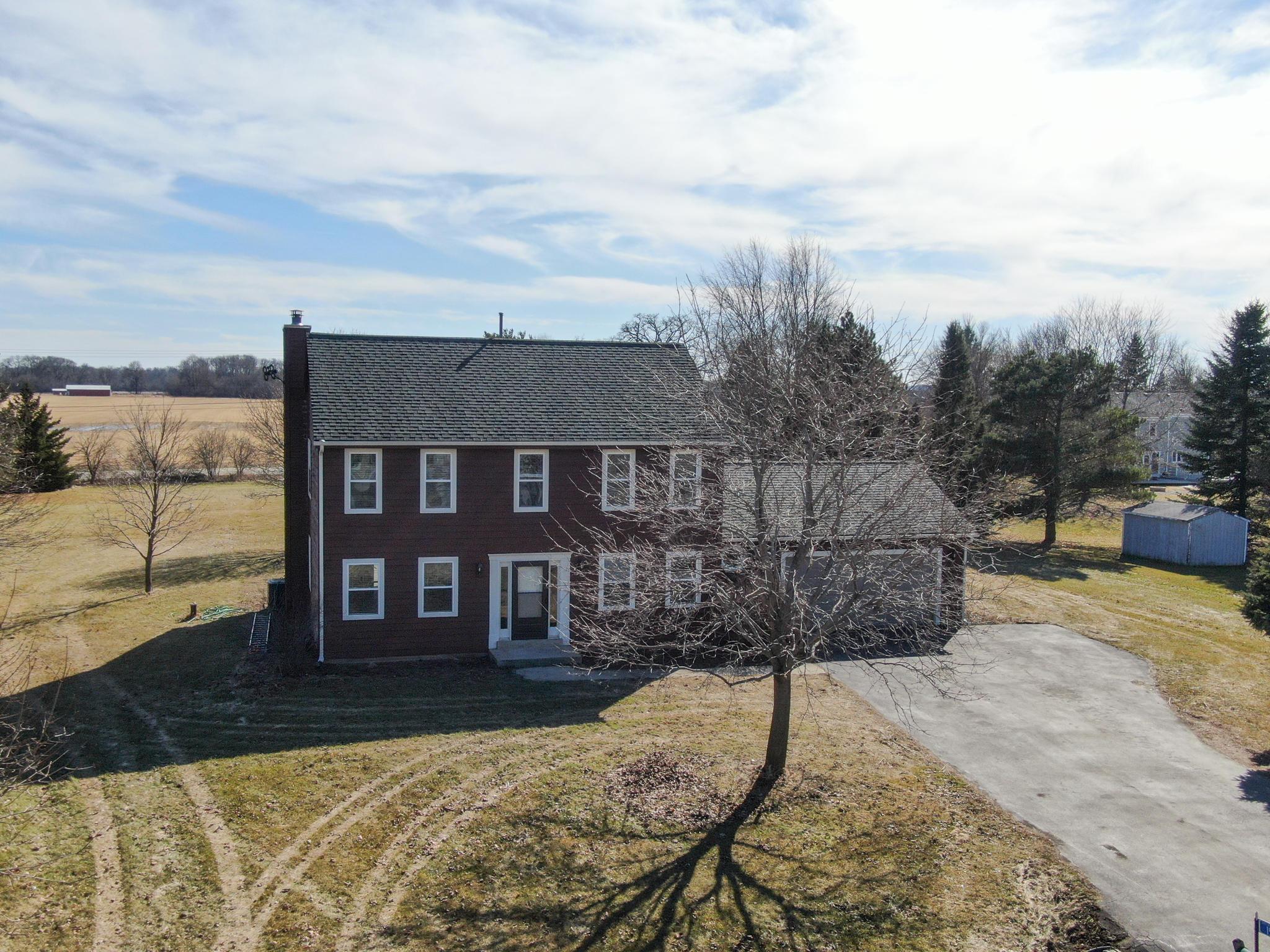 1524 Westfield Ct, Oconomowoc, Wisconsin 53066, 4 Bedrooms Bedrooms, 10 Rooms Rooms,2 BathroomsBathrooms,Single-Family,For Sale,Westfield Ct,1681140