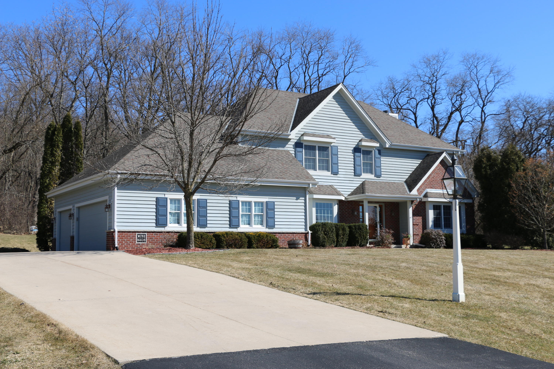 W282N4138 Somerset Ln, Delafield, Wisconsin 53072, 5 Bedrooms Bedrooms, 11 Rooms Rooms,4 BathroomsBathrooms,Single-Family,For Sale,Somerset Ln,1682624