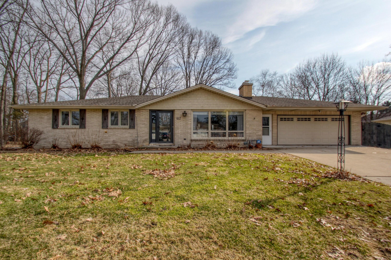617 Madison St, Oconomowoc, Wisconsin 53066, 3 Bedrooms Bedrooms, ,2 BathroomsBathrooms,Single-Family,For Sale,Madison St,1682991