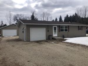 1513 Kaby Ave, Crivitz, WI 54114