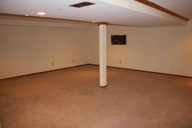 2011 Waukesha Rd, Raymond, Wisconsin 53108, 3 Bedrooms Bedrooms, 5 Rooms Rooms,2 BathroomsBathrooms,Single-Family,For Sale,Waukesha Rd,1683144