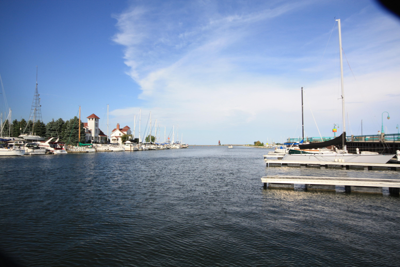 25 Gaslight Pointe Marina