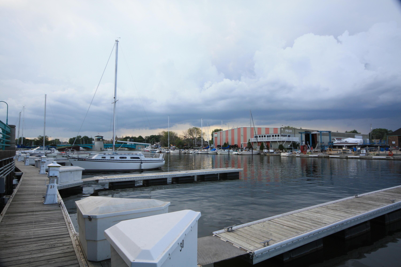 31 Gaslight Pointe Marina