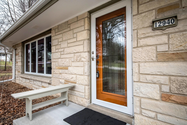 12940 Tremont St, Brookfield, Wisconsin 53005, 3 Bedrooms Bedrooms, 5 Rooms Rooms,2 BathroomsBathrooms,Single-Family,For Sale,Tremont St,1683414