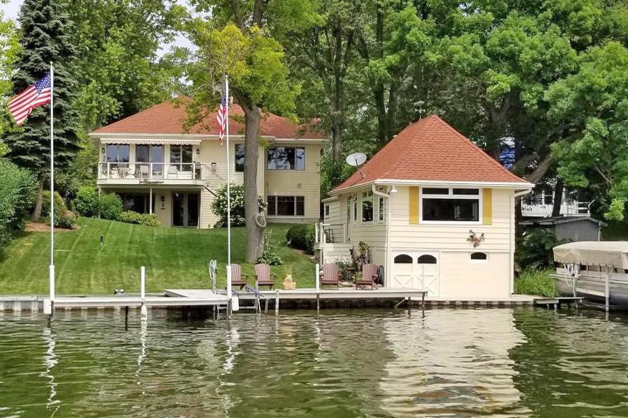 N55W34613 Road E, Oconomowoc, Wisconsin 53066, 3 Bedrooms Bedrooms, 7 Rooms Rooms,2 BathroomsBathrooms,Single-Family,For Sale,Road E,1683514