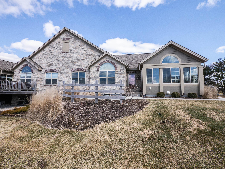 1003 Ann Marie Way, Oconomowoc, Wisconsin 53066, 2 Bedrooms Bedrooms, 7 Rooms Rooms,2 BathroomsBathrooms,Condominiums,For Sale,Ann Marie Way,1,1683552