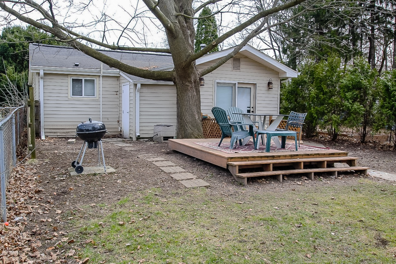 W342N4868 Oak Ln, Oconomowoc, Wisconsin 53058, 3 Bedrooms Bedrooms, ,1 BathroomBathrooms,Single-Family,For Sale,Oak Ln,1684070