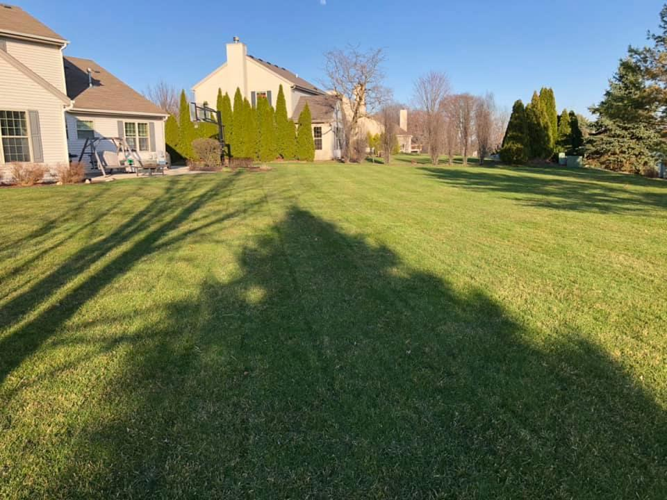 1015 River Park Dr, Waukesha, Wisconsin 53189, 5 Bedrooms Bedrooms, 9 Rooms Rooms,2 BathroomsBathrooms,Single-Family,For Sale,River Park Dr,1684098
