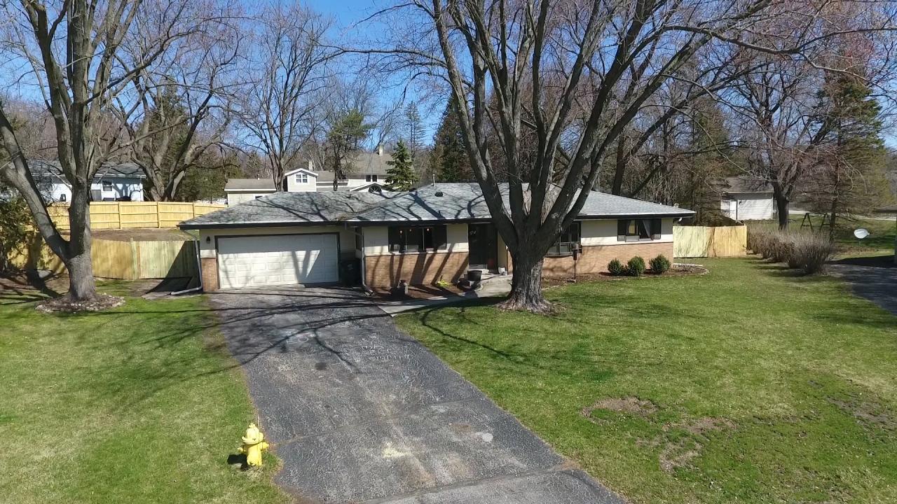 1332 Orchard Ter, Oconomowoc, Wisconsin 53066, 3 Bedrooms Bedrooms, 6 Rooms Rooms,1 BathroomBathrooms,Single-Family,For Sale,Orchard Ter,1684056