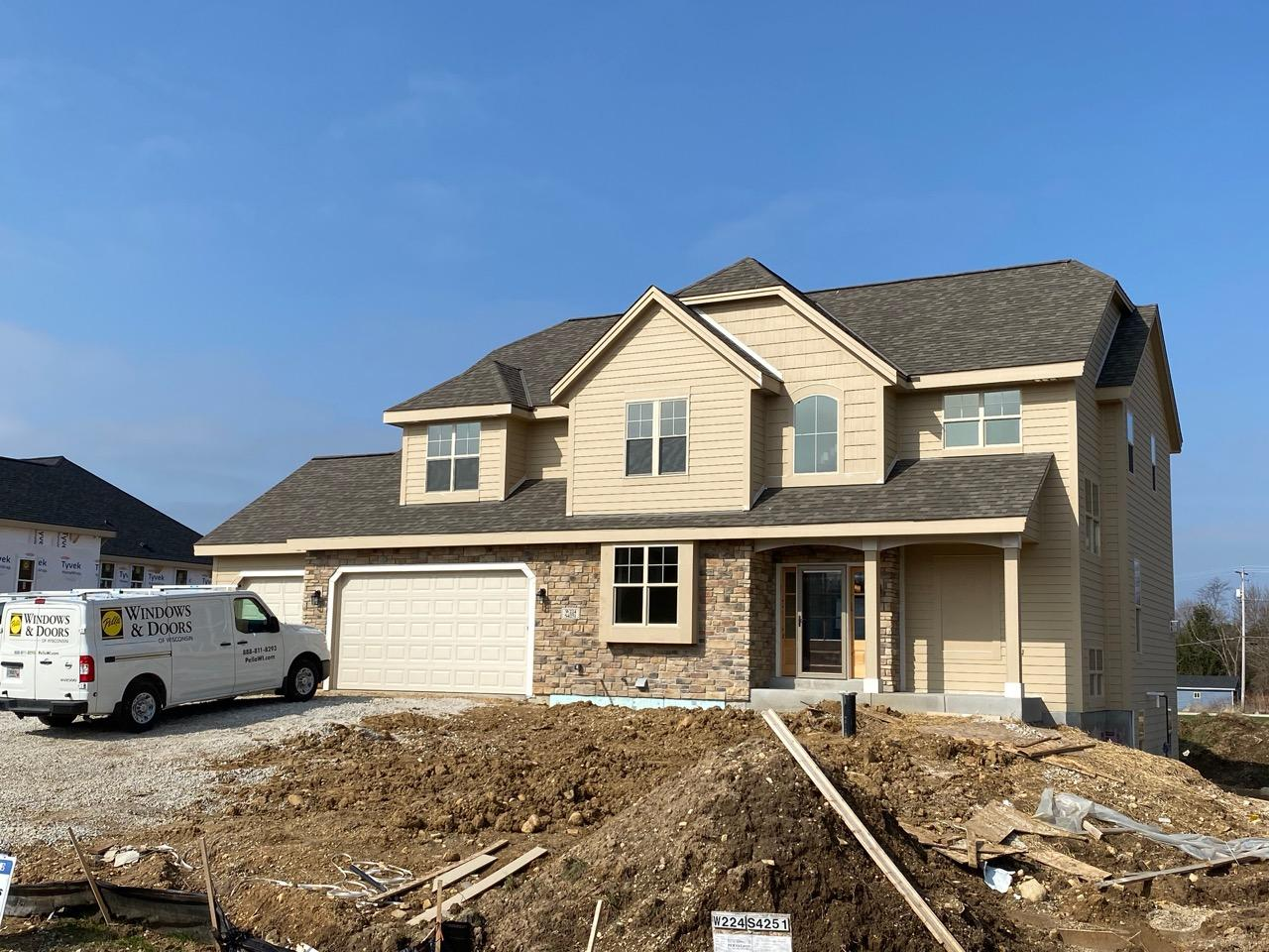 W224S4251 Spafford Ln, Waukesha, Wisconsin 53189, 4 Bedrooms Bedrooms, ,2 BathroomsBathrooms,Single-Family,For Sale,Spafford Ln,1684171