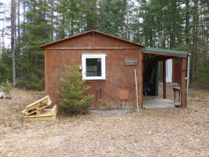 W6660 Wayside RD, Middle Inlet, WI 54114