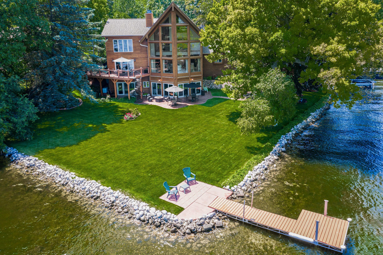 N56W34526 Road F, Oconomowoc, Wisconsin 53066, 4 Bedrooms Bedrooms, 10 Rooms Rooms,4 BathroomsBathrooms,Single-Family,For Sale,Road F,1684490