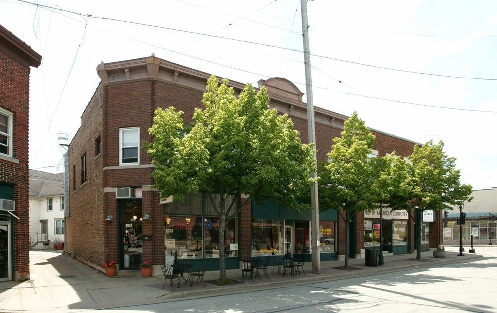 137 Broadway, Waukesha, Wisconsin 53186, ,Multi-Family Investment,For Sale,Broadway,1686506