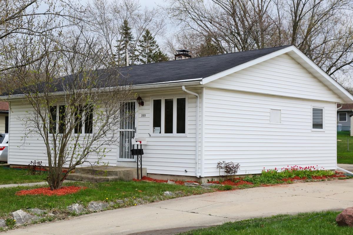 355 Joris Ave, Waukesha, Wisconsin 53188, 3 Bedrooms Bedrooms, ,1 BathroomBathrooms,Single-Family,For Sale,Joris Ave,1686781