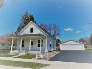 2612 Minnesota St, Marinette, WI 54143