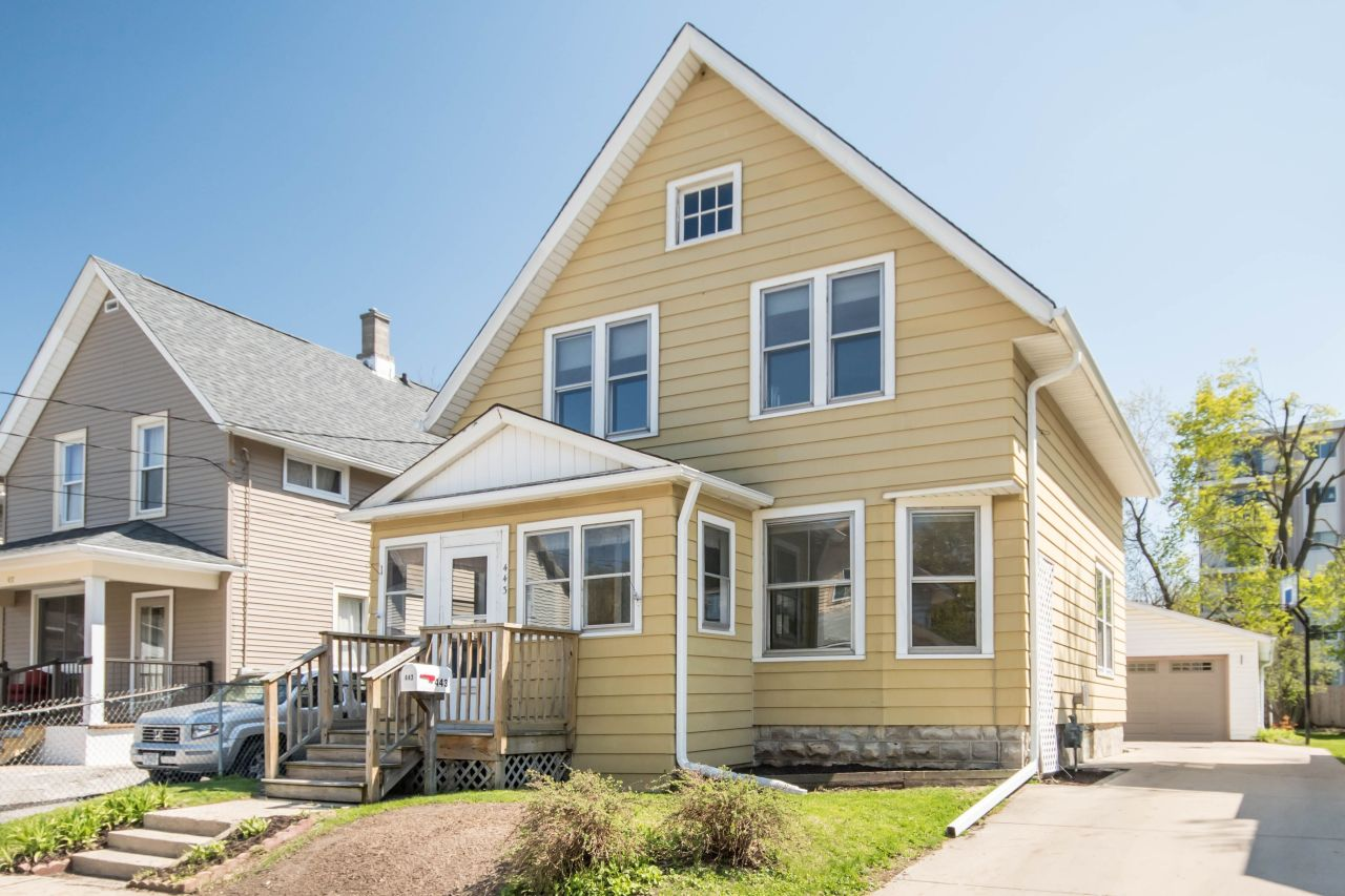443 Prospect Ct, Waukesha, Wisconsin 53186, 3 Bedrooms Bedrooms, ,1 BathroomBathrooms,Single-Family,For Sale,Prospect Ct,1688313