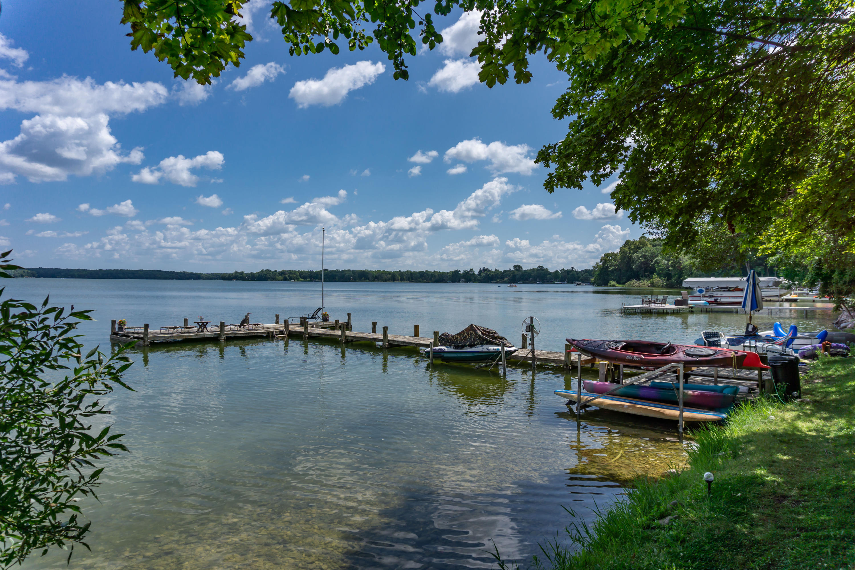 4325 Beach Rd, Oconomowoc Lake, Wisconsin 53066, 7 Bedrooms Bedrooms, 25 Rooms Rooms,5 BathroomsBathrooms,Single-Family,For Sale,Beach Rd,1689219