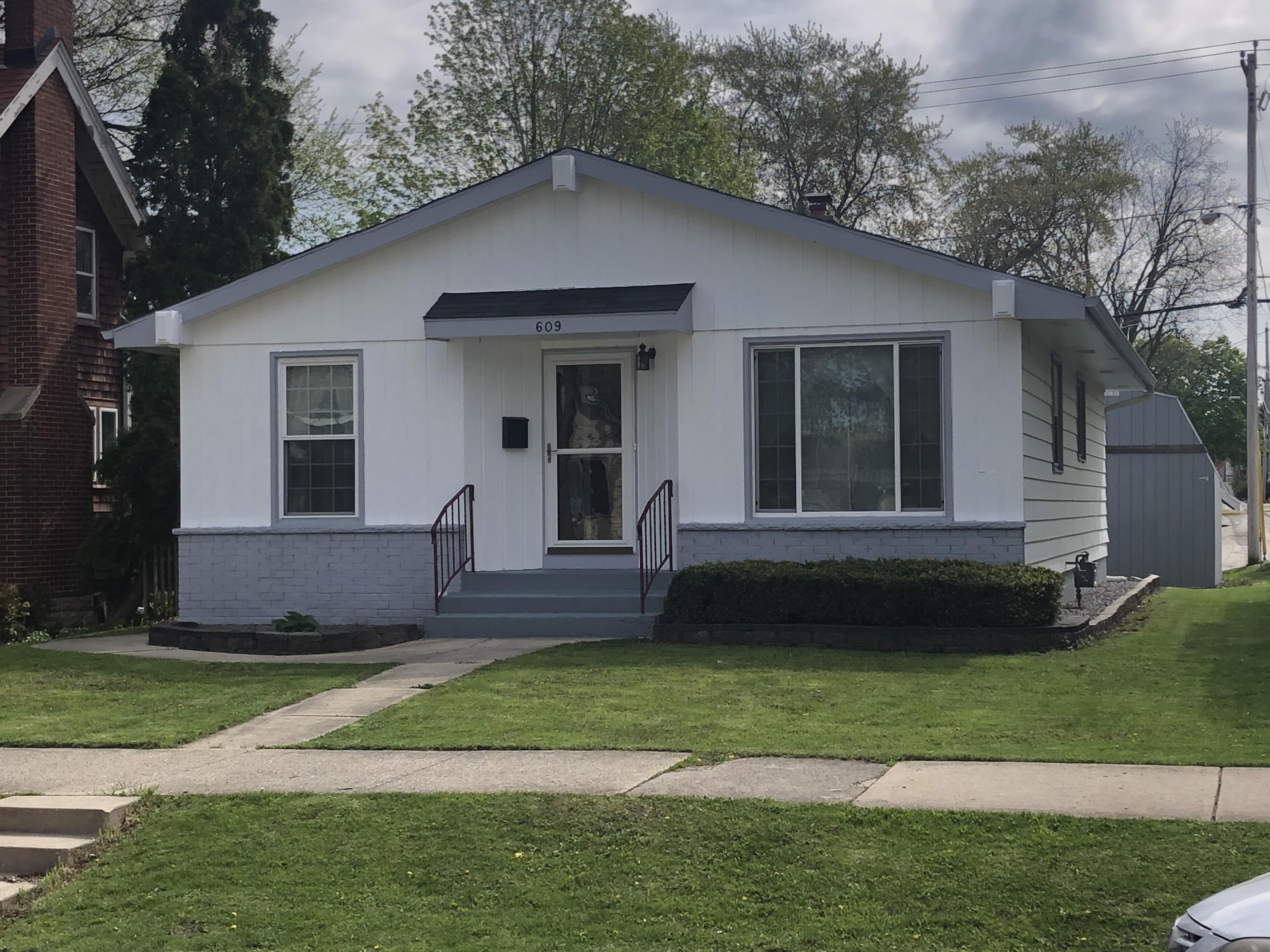 609 Grand Ave., Waukesha, Wisconsin 53186, 3 Bedrooms Bedrooms, ,2 BathroomsBathrooms,Single-Family,For Sale,Grand Ave.,1689497