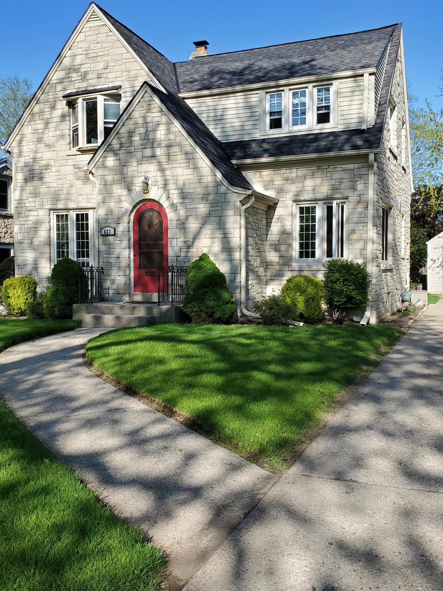 623 Cumberland Dr, Waukesha, Wisconsin 53188, 3 Bedrooms Bedrooms, 6 Rooms Rooms,1 BathroomBathrooms,Single-Family,For Sale,Cumberland Dr,1689896