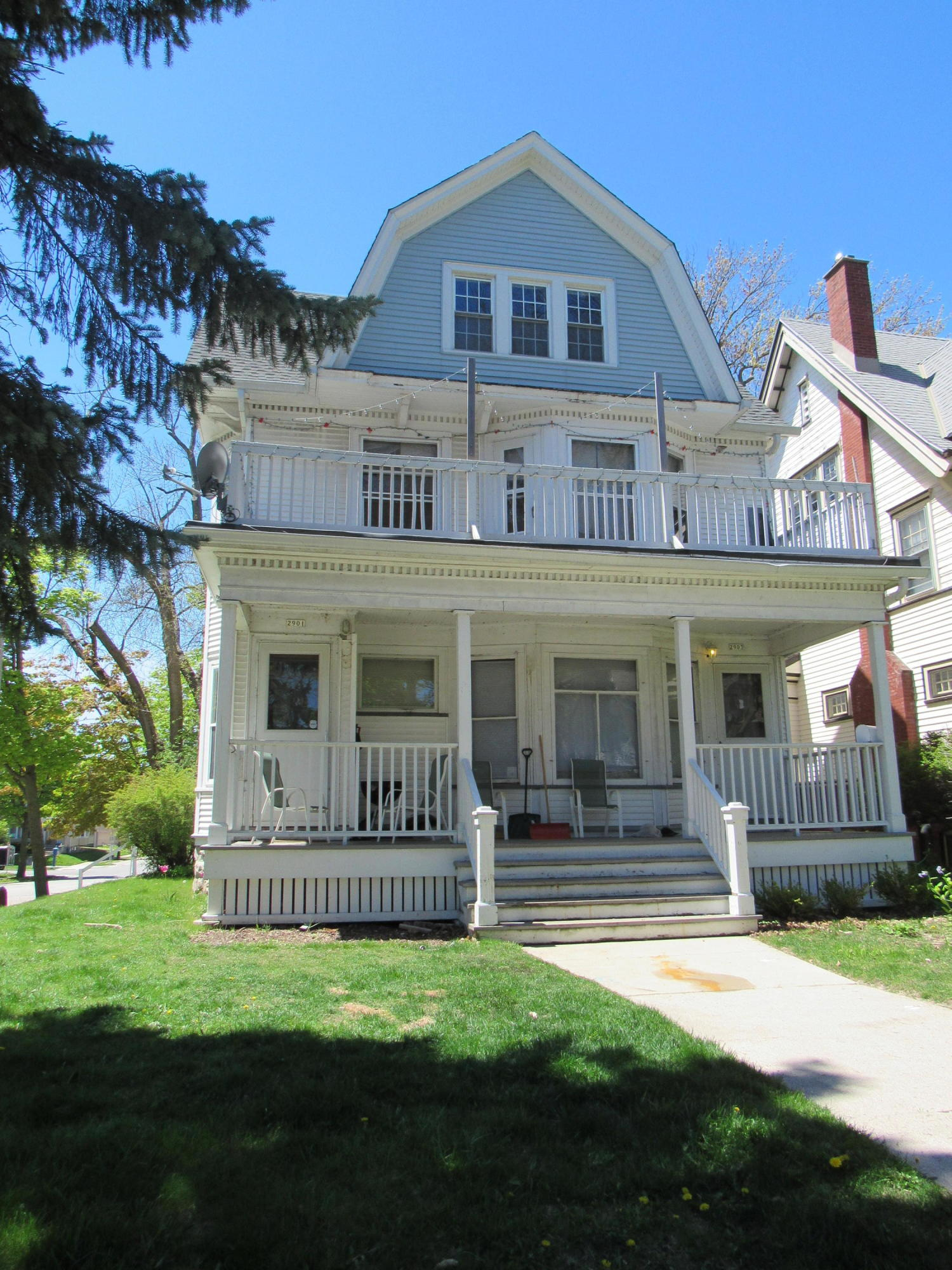 Photo of 2901 N Prospect Ave #2903, Milwaukee, WI 53211