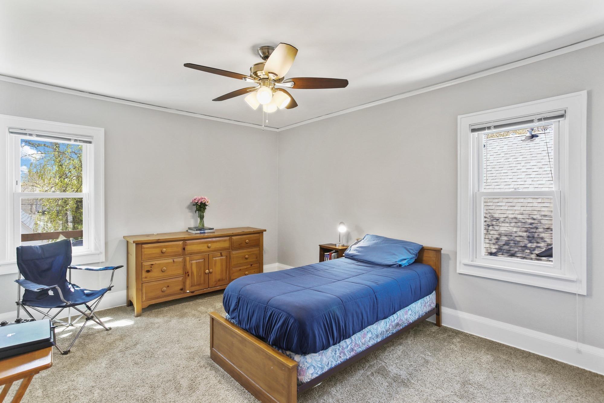 1907 Lake Bluff Blvd, Shorewood, Wisconsin 53211, 3 Bedrooms Bedrooms, 7 Rooms Rooms,1 BathroomBathrooms,Single-Family,For Sale,Lake Bluff Blvd,1690374