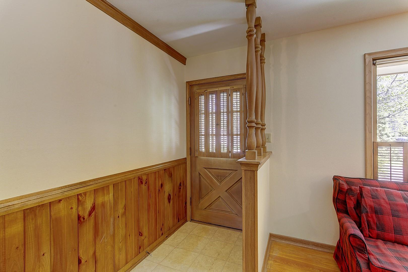 1285 Webster Ave, Brookfield, Wisconsin 53005, 3 Bedrooms Bedrooms, 9 Rooms Rooms,1 BathroomBathrooms,Single-Family,For Sale,Webster Ave,1690364