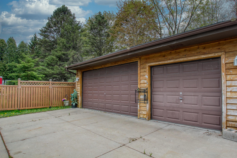621 Washington St, Slinger, Wisconsin 53086, 3 Bedrooms Bedrooms, ,1 BathroomBathrooms,Single-Family,For Sale,Washington St,1690348