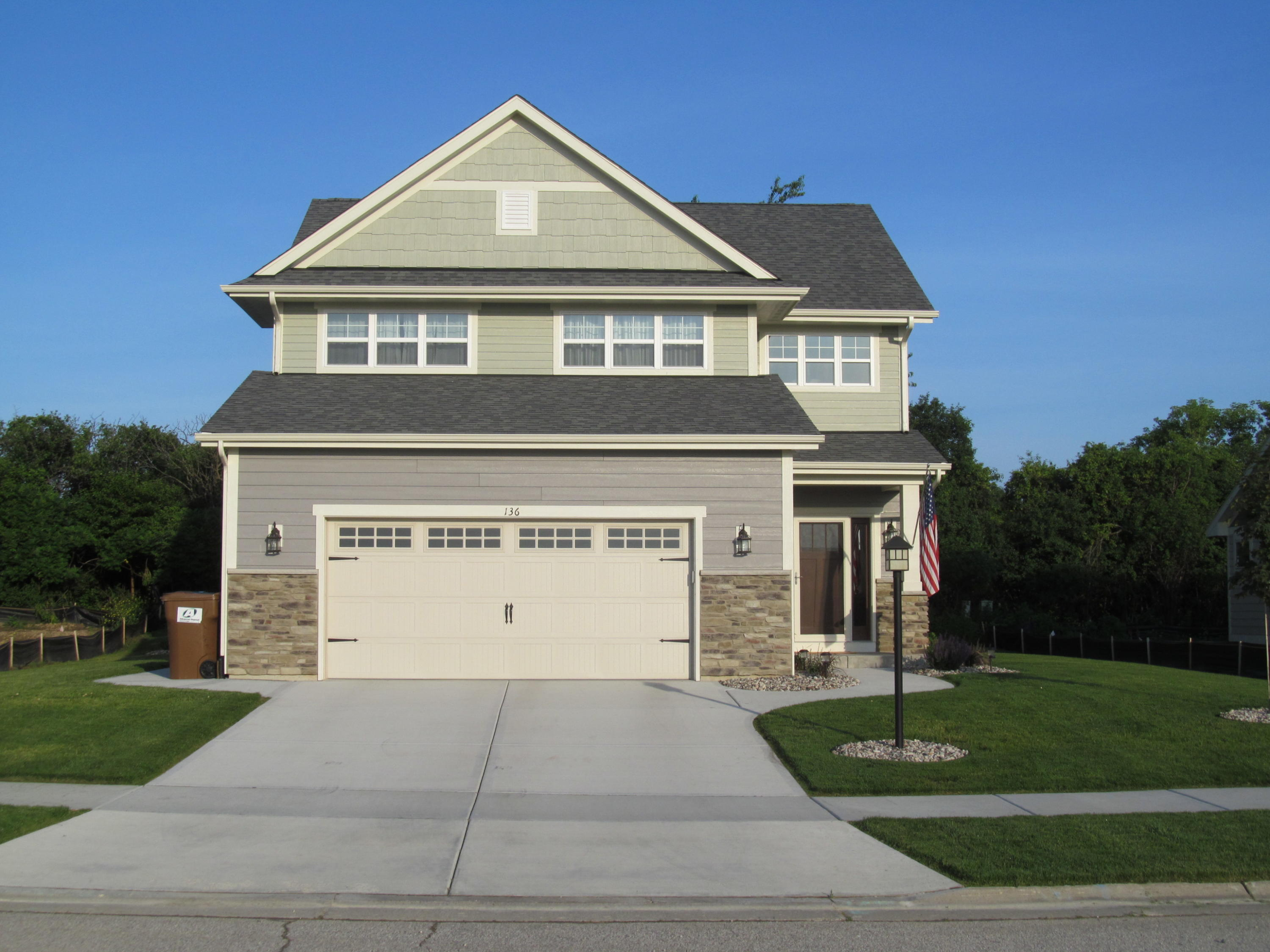 136 Portico Dr, Mount Pleasant, Wisconsin 53406, 3 Bedrooms Bedrooms, 7 Rooms Rooms,2 BathroomsBathrooms,Single-Family,For Sale,Portico Dr,1690362