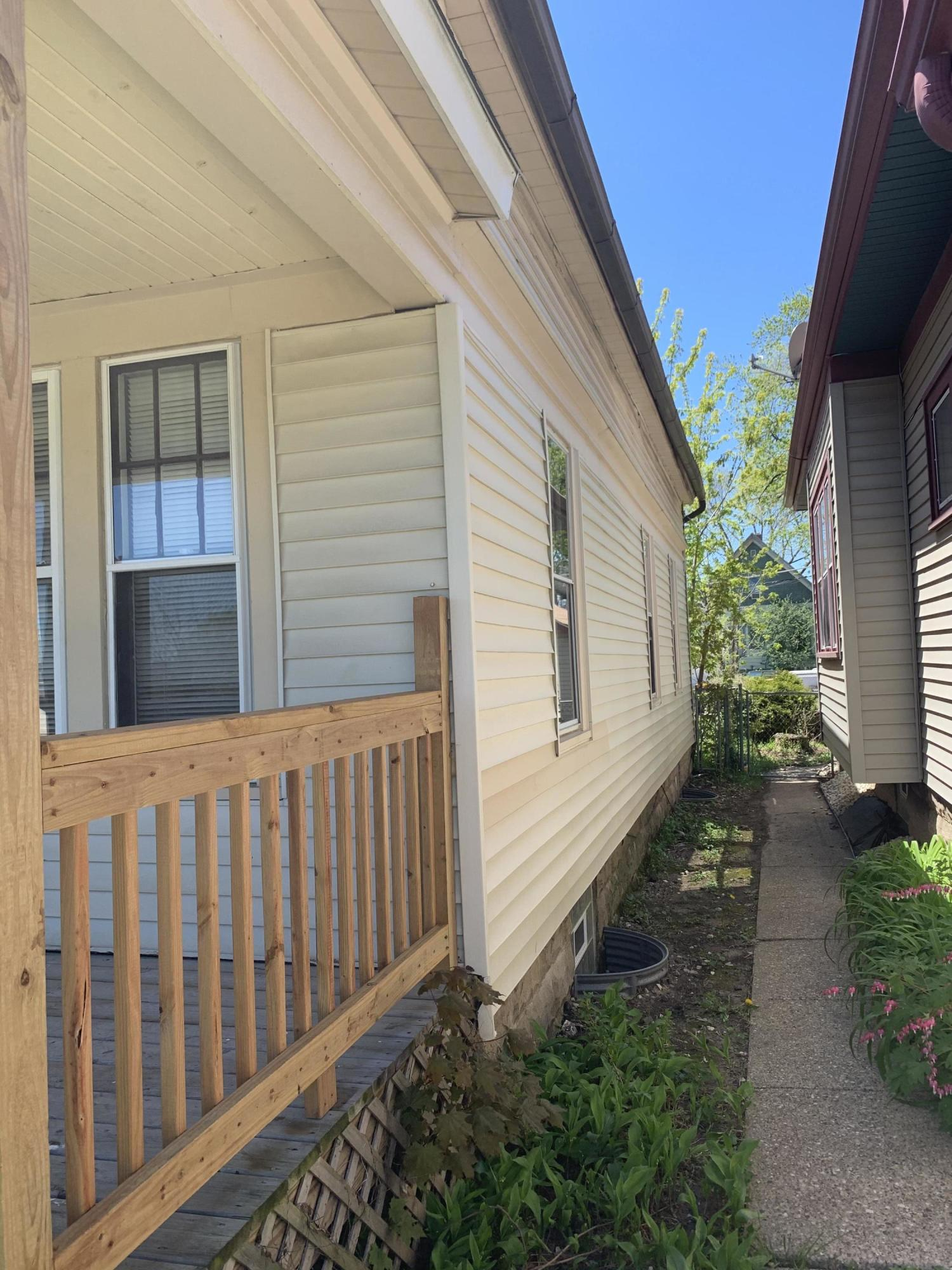 2123 74th St, West Allis, Wisconsin 53219, 2 Bedrooms Bedrooms, 5 Rooms Rooms,1 BathroomBathrooms,Single-Family,For Sale,74th St,1690365