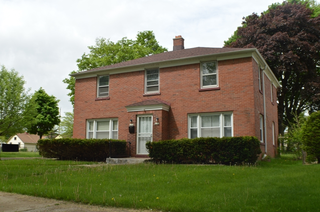 4103 42nd St, Milwaukee, Wisconsin 53216, 3 Bedrooms Bedrooms, 5 Rooms Rooms,1 BathroomBathrooms,Two-Family,For Sale,42nd St,1,1691465