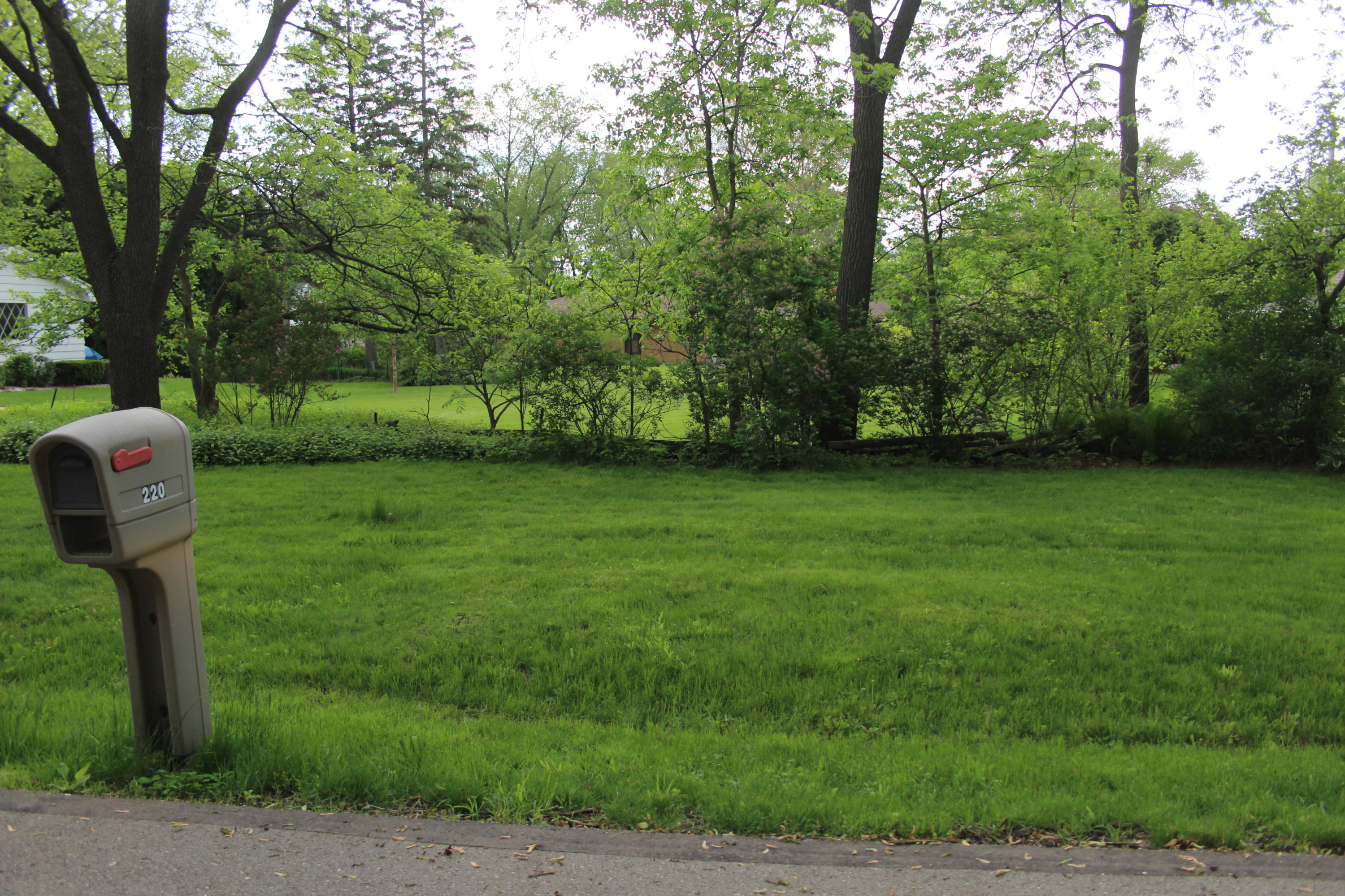 225 Beaumont Ave, Brookfield, Wisconsin 53005, ,Vacant Land,For Sale,Beaumont Ave,1691638
