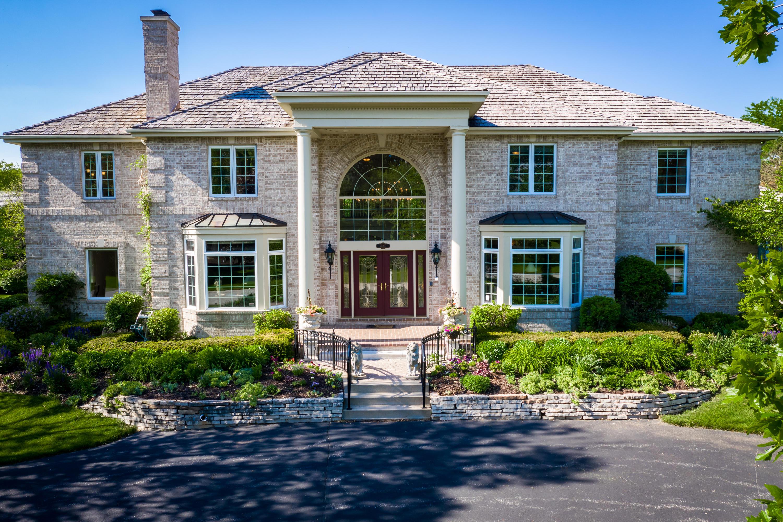 20910 Bradford Ln, Brookfield, Wisconsin 53045, 5 Bedrooms Bedrooms, 18 Rooms Rooms,6 BathroomsBathrooms,Single-Family,For Sale,Bradford Ln,1692237
