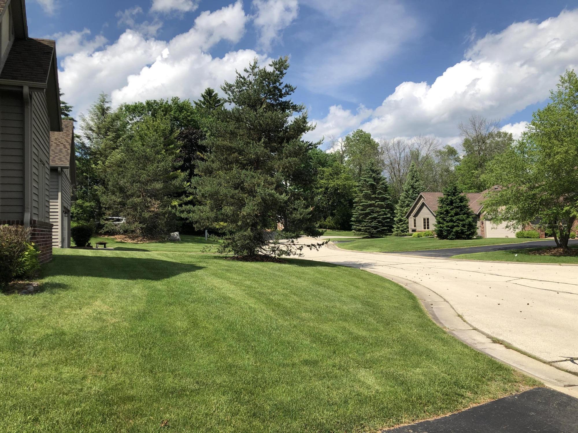 2865 Teal Ridge Ct, Brookfield, Wisconsin 53045, 3 Bedrooms Bedrooms, 6 Rooms Rooms,2 BathroomsBathrooms,Condominiums,For Sale,Teal Ridge Ct,1,1692546