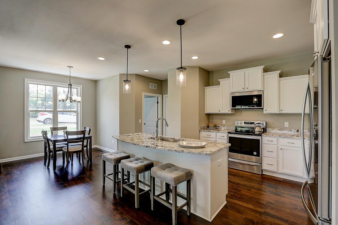N73W13611 Claas Rd, Menomonee Falls, Wisconsin 53051, 2 Bedrooms Bedrooms, ,2 BathroomsBathrooms,Condominiums,For Sale,Claas Rd,1,1683499