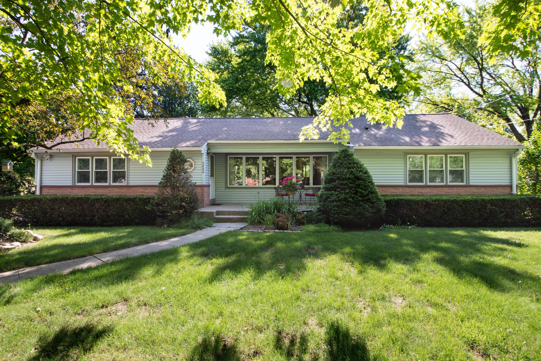 3680 Fiebrantz Dr, Brookfield, Wisconsin 53005, 3 Bedrooms Bedrooms, ,1 BathroomBathrooms,Single-Family,For Sale,Fiebrantz Dr,1694720