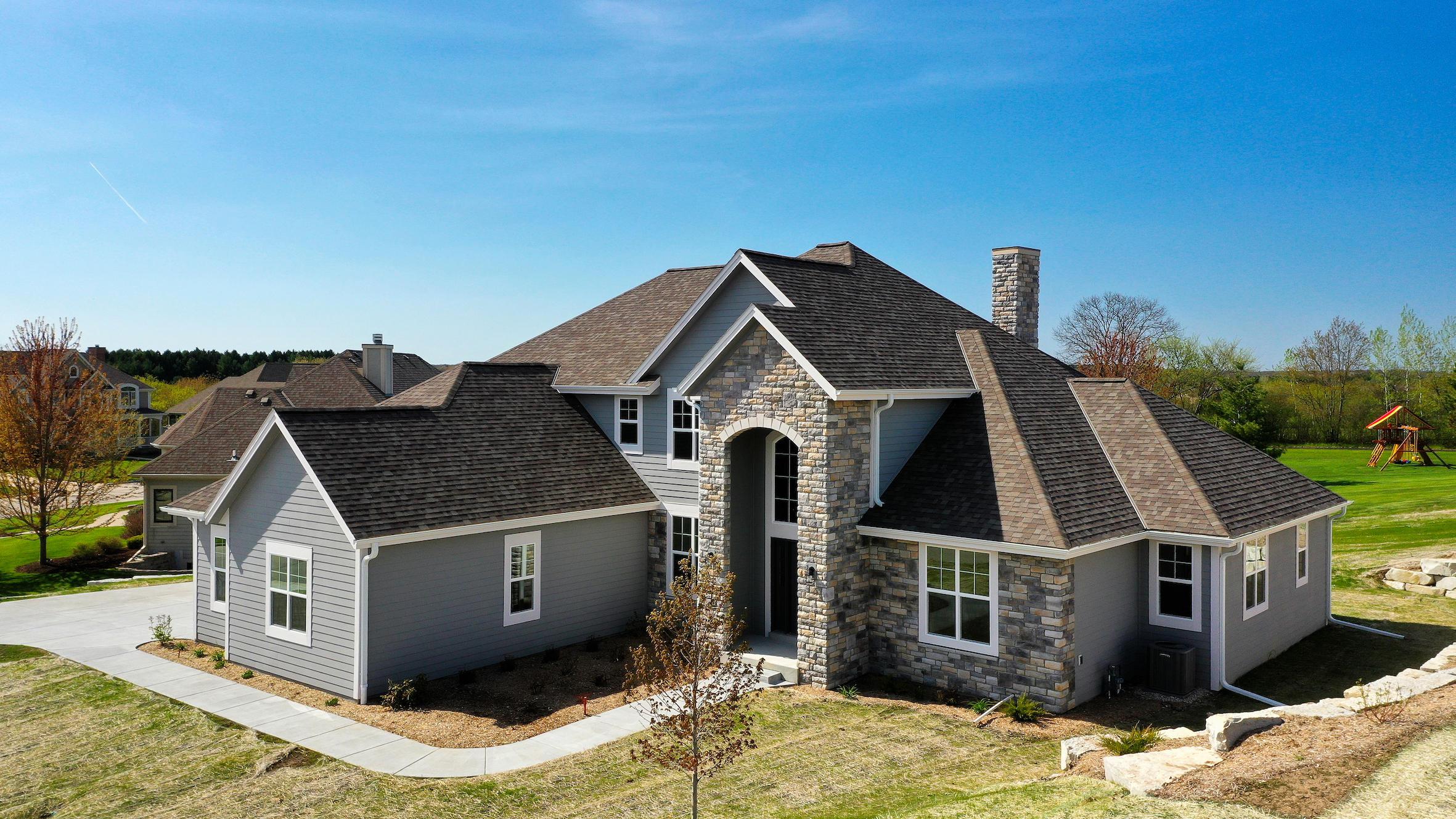 566 Birchwood Dr, Hartland, Wisconsin 53029, 4 Bedrooms Bedrooms, ,2 BathroomsBathrooms,Single-Family,For Sale,Birchwood Dr,1697920