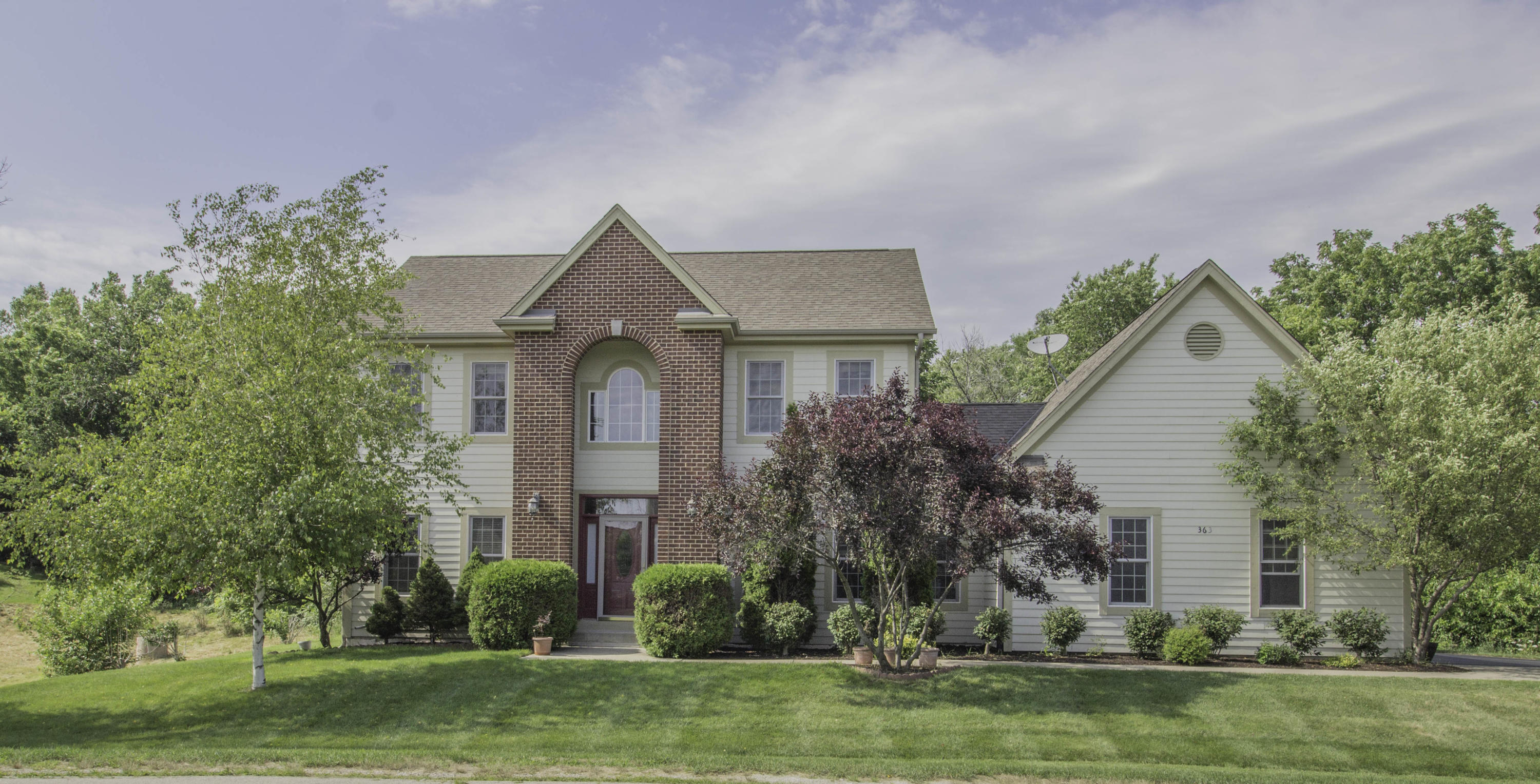 363 Stocks Dr, Delafield, Wisconsin 53018, 3 Bedrooms Bedrooms, 6 Rooms Rooms,2 BathroomsBathrooms,Single-Family,For Sale,Stocks Dr,1699687
