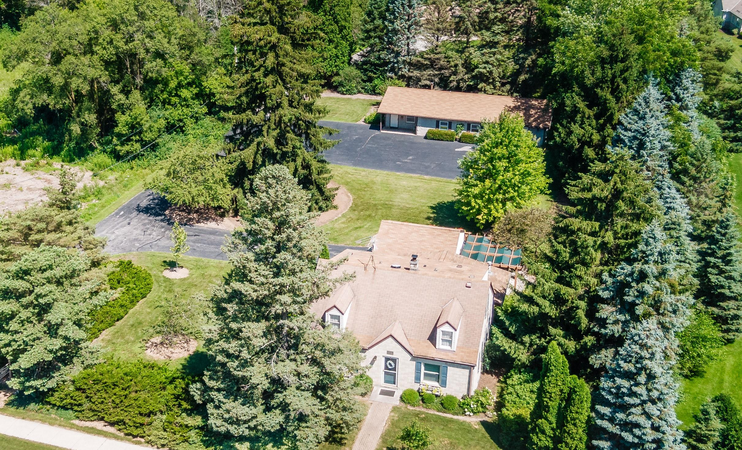 Photo of 6714 W Mequon Rd, Mequon, WI 53092