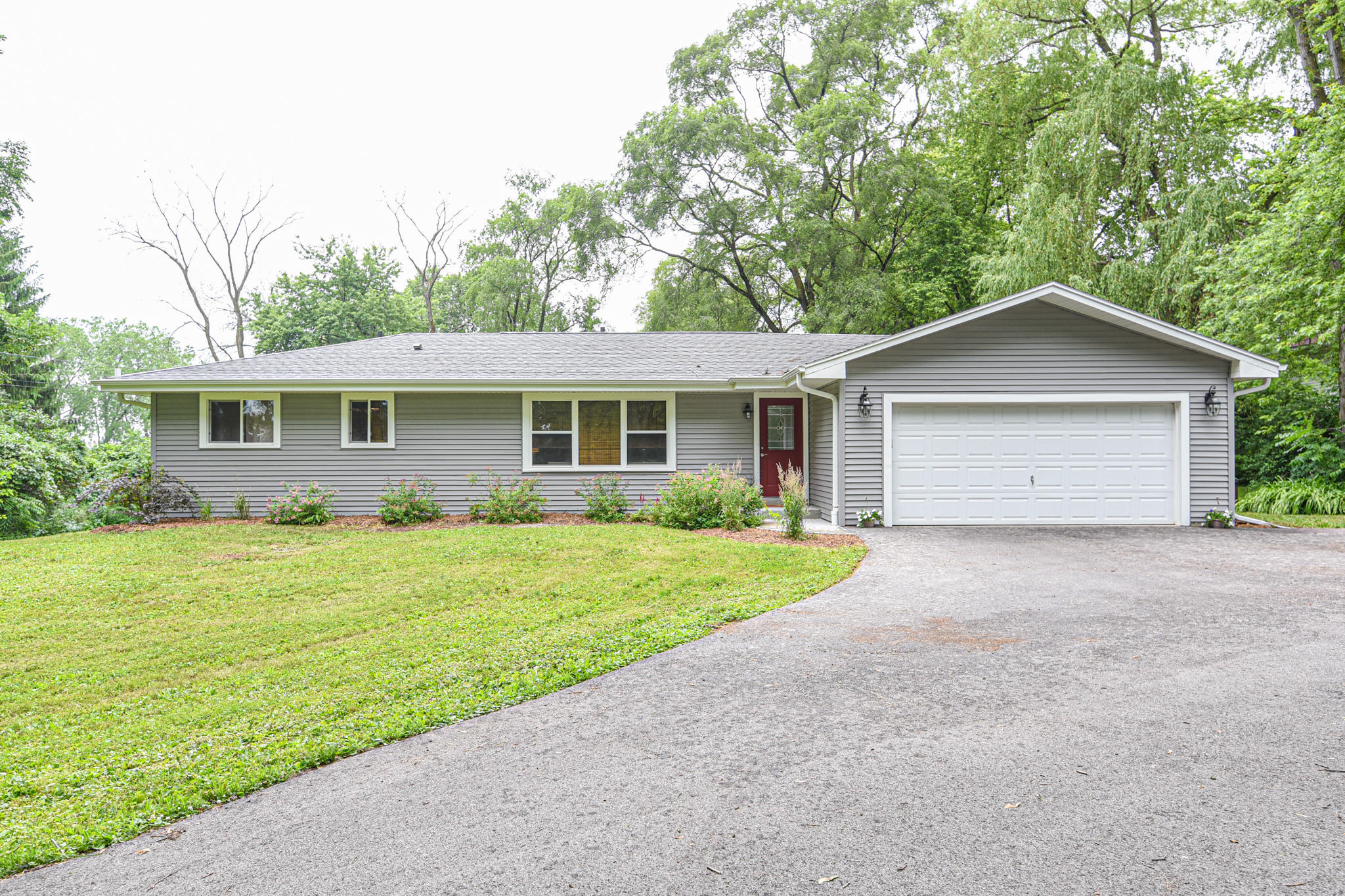 W261N4367 High St, Pewaukee, Wisconsin 53072, 3 Bedrooms Bedrooms, 7 Rooms Rooms,2 BathroomsBathrooms,Single-Family,For Sale,High St,1700407