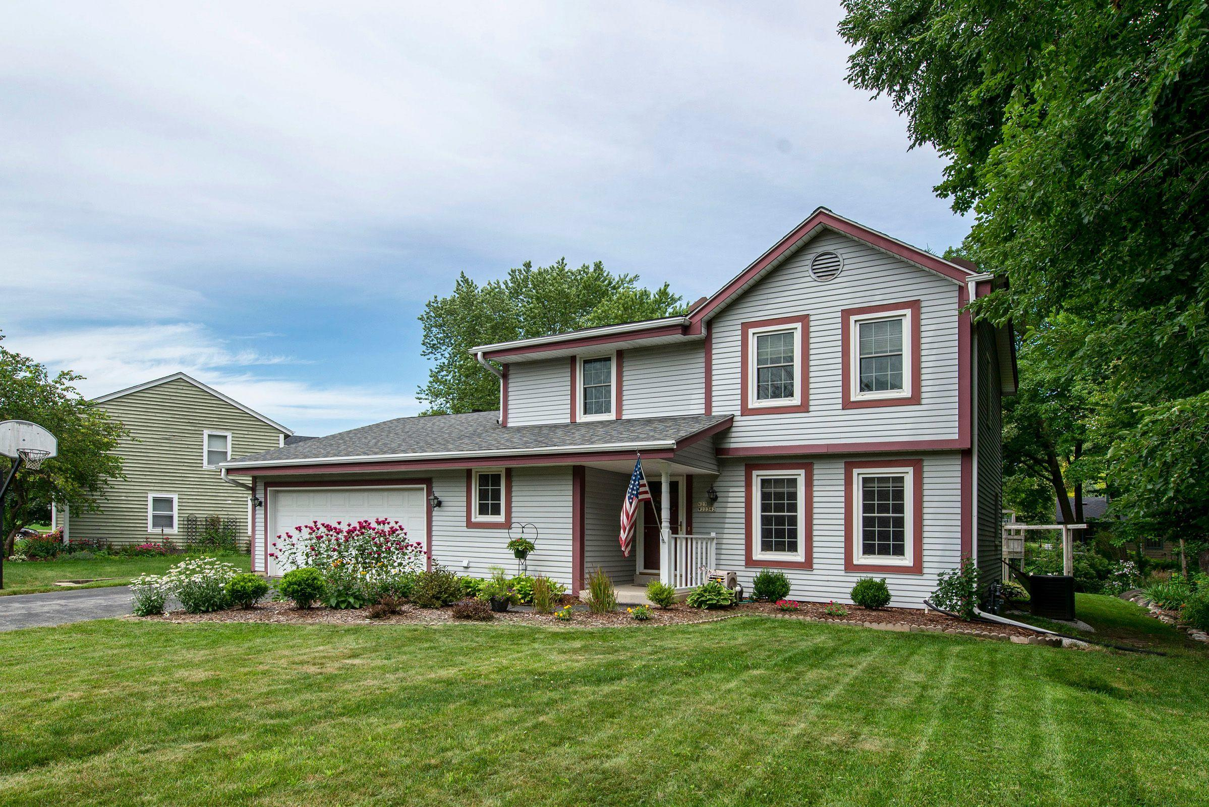 N27W22342 Stonewood Ln, Pewaukee, Wisconsin 53186, 3 Bedrooms Bedrooms, 8 Rooms Rooms,1 BathroomBathrooms,Single-Family,For Sale,Stonewood Ln,1700594