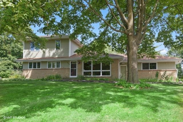 3290 Arroyo Rd, Brookfield, Wisconsin 53045, 5 Bedrooms Bedrooms, 10 Rooms Rooms,3 BathroomsBathrooms,Single-Family,For Sale,Arroyo Rd,1702187