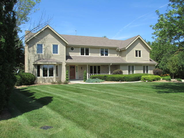 W238N3251 High Meadow Ct, Pewaukee, Wisconsin 53072, 4 Bedrooms Bedrooms, ,3 BathroomsBathrooms,Single-Family,For Sale,High Meadow Ct,1701980