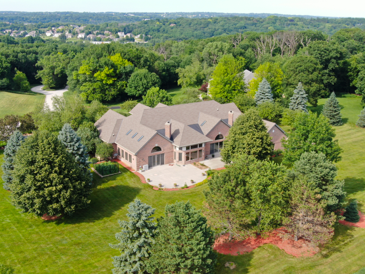 Photo of W283N3660 Yorkshire Trce, Pewaukee, WI 53072