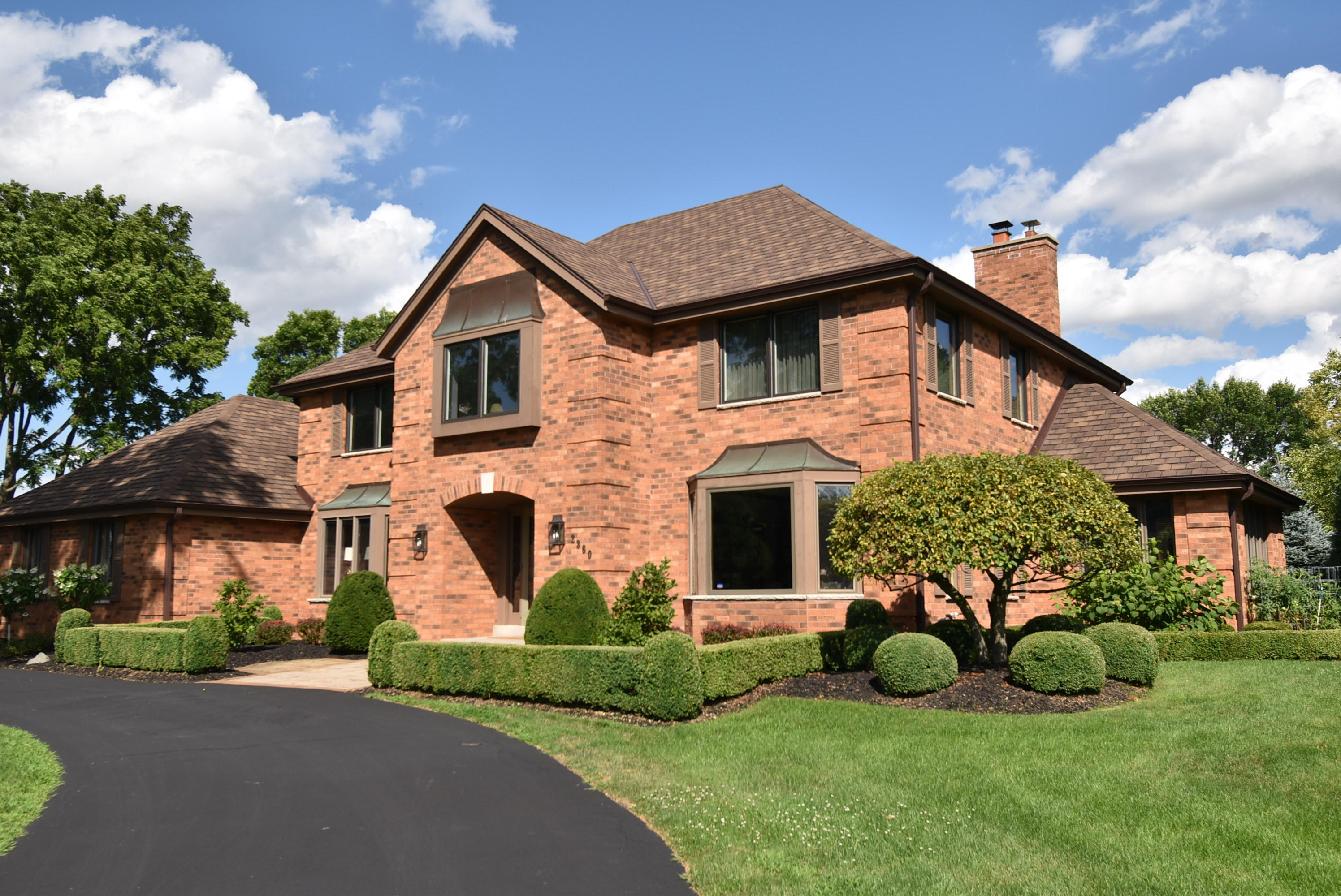 2360 Woodberry Ct, Brookfield, Wisconsin 53045, 5 Bedrooms Bedrooms, 14 Rooms Rooms,4 BathroomsBathrooms,Single-Family,For Sale,Woodberry Ct,1702495