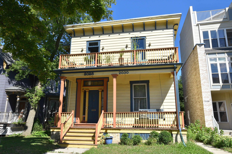 Photo of 2028 N Cambridge Ave #2030, Milwaukee, WI 53202