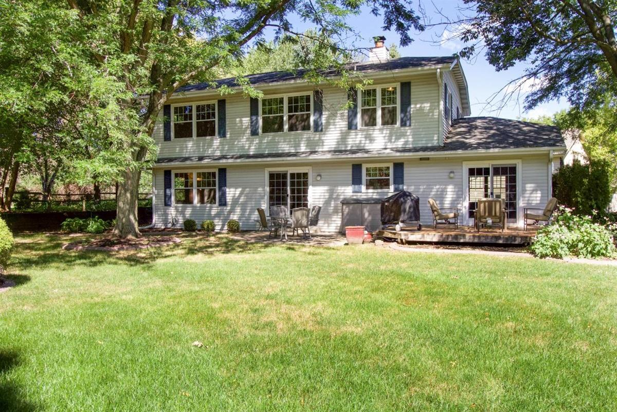 1205 Hawthorne Ridge Dr Brookfield, WI 53045 Property Image