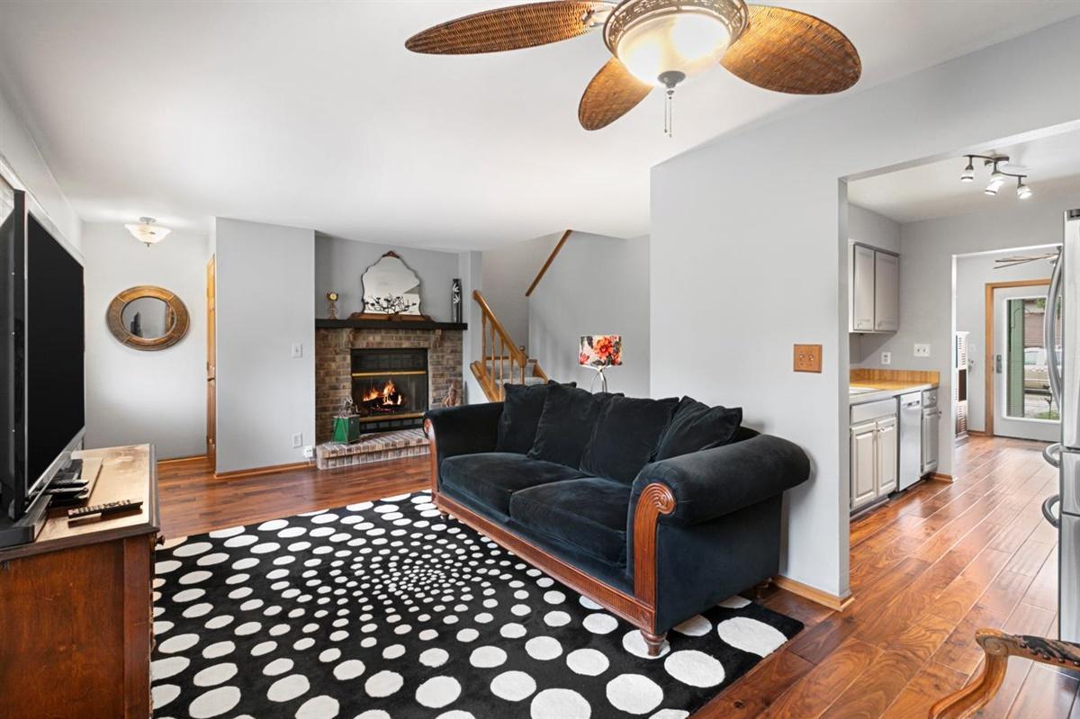 525 Hartridge Dr, Hartland, Wisconsin 53029, 3 Bedrooms Bedrooms, 6 Rooms Rooms,1 BathroomBathrooms,Condominiums,For Sale,Hartridge Dr,1,1709782